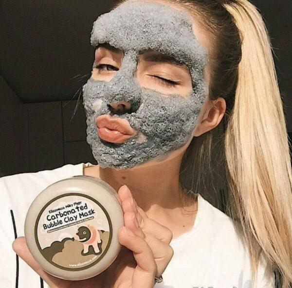 از بین بردن منافذ باز پوست مرطوب و هیدراته کردن پوست جوان سازی و کنترل چربی پوست
